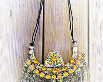 Tribal necklace luxe