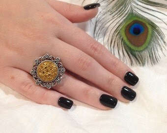 Sparkle Gold Vintage Button Ring set in Silver