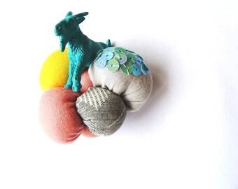 Bubble goat - original textile brooch