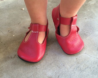 T Straps Leather Baby Moccasins, Baby Moccasin, Tstrap, mary jane, mary janes, t-strap, Soft Soles, Crib Shoes,