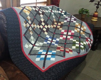 Black, Red, Gray Lattice Wall Hanging Quilt