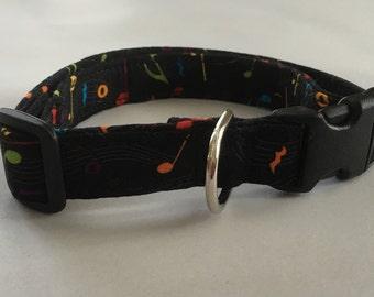 Adjustable Music Note Print Dog Collar