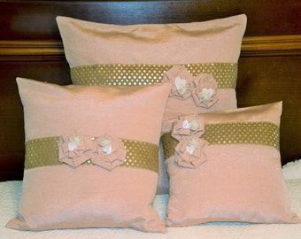 Elegant pillows covers. Vintage fabric pillow covers. Chic pillow covers. High fashion covers. Teenagers. Boutique