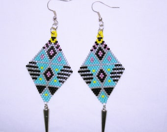 Handmade Unique Tribal Diamond Spike Earrings // Gifts for Her // Des boucles d'oreilles // Ohrringe // Aretes