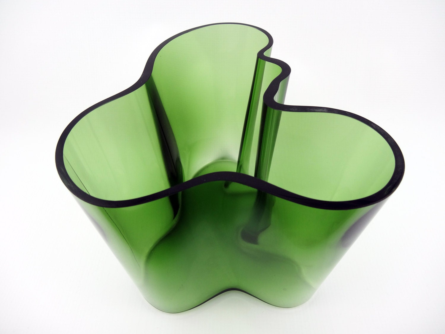 aalto vase iittala vase green alvar aalto vase finnish. Black Bedroom Furniture Sets. Home Design Ideas