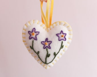Felt Spring Flowers Heart decoration - Purple | Felt Heart | Felt Decoration | Heart Decoration | Embroidery | Embroidered Flowers