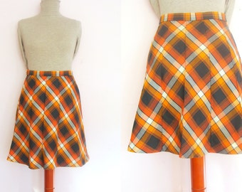 Sale Retro 60's / 70's Tartan Plaid High Waisted Skirt / size S