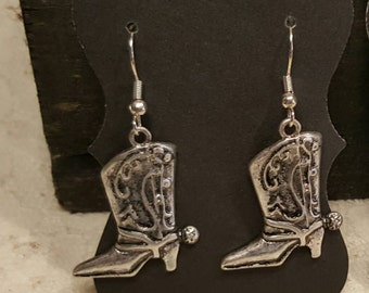 Dangle Earrings with cowboy boots