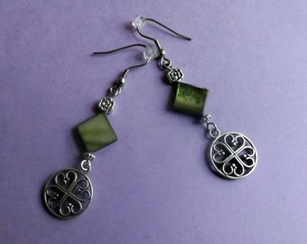 Celtic green mother-of-pearl earrings