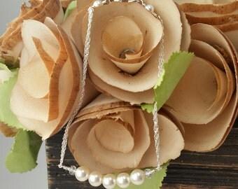 Pearl Bridal bracelet, Bridal Jewelry, Swarovski Crystal Jewelry, Bridesmaid Jewelry
