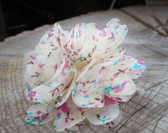 Floral Fabric Hair Clip ~1 pieces #100751