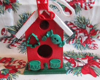 Christmas Wood Birdhouse, Christmas Gift, Christmas Decor, Gifts for her, Gifts for women, Unique birdhouse, Decorative birdhouse