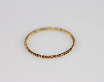 14K Solid Gold Ring, 14K Gold Stacking Ring, 14K Gold Thin Ring, 14K Gold minimalist Ring, 14K Gold knuckle Ring, 14K midi ring, twist ring