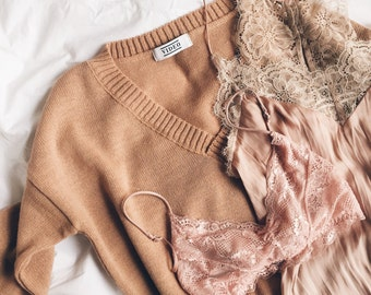 the Every Day V in Camel -knitted sweater (slouchy oversized minimalistic knitted V neck)