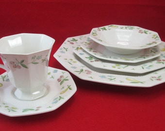 Old Orchard by Independence Ironstone Interpace 6 Piece Place Setting Estate Sale Find