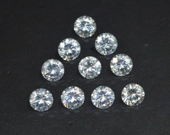 Wholesale lot of 50 pcs. ! Cubic Zirconia Brillliant  Round cut  loose gemstone For jewellery with free shipping