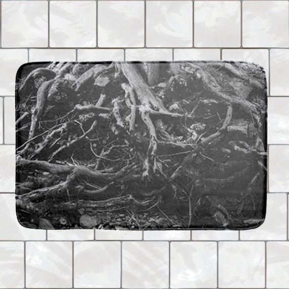 Black Bathmat Memory Foam Bath Mat Tree by GriffingHomeDecor