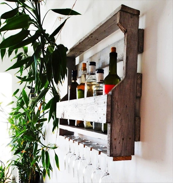 Estantes para vinos tambin podis hacer una decoracin muy for Estantes para vinos