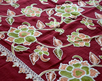 Hand Embroidered Woollen Shawl - Red Floral