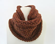 Brown knit cowl Brown knit scarf Outlander scarf Crochet scarf Warm infinity scarf Chunky neck warmer Brown scarf Christmas gift for her