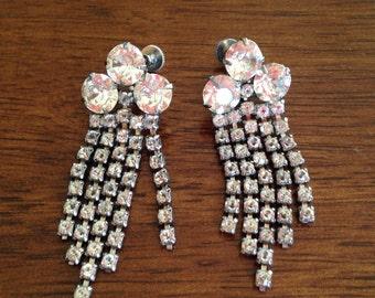 Vintage  Clear Rhinestone Dangle Earrings - Wedding 0382