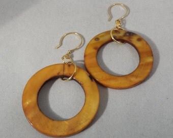 Mother of Pearl Open Ring Dangle Earrings