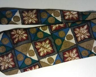260.  Surrey necktie