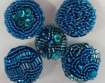 BEADED BUTTONS BLUE