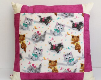 Cats pillow case, Kitten decor pillow, Quilt pink cats pillow. Children's room decor, throw pillow. Pink Kitten pillow.