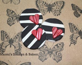 12x Love Heart Strips Black & White Fondant Edible Cupcake Topper Decorations