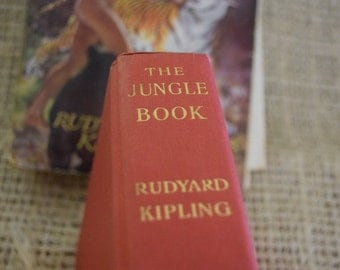 The Jungle Book. Rudyard Kipling. Vintage Hardback Reading Book.