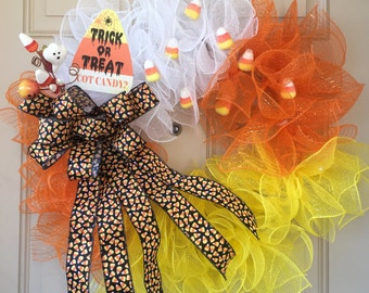 halloween candy corn wreath with trick or treat sign glittered candies halloween spray and - Halloween Candy Wreath