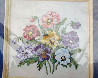 """Vintage Oehlenschlager OOE  Kit 71041  Counted Cross Stitch CCS Picture Floral Flower Motif Medley 11 3/4 x 11 3/4 """""""