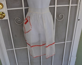 Vintage 1950s White Apron with Red Bric-a-brac Trim