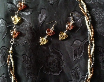 Beaded sidecar necklace