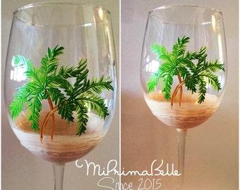 Hand-painted wine glasses beach theme palm trees design wine lover gift for her summer design birthday gift wedding anniversary Christmas