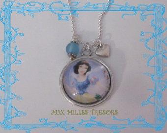 Snow White Princess necklace