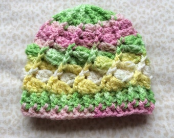 Baby hat - boy or girl - 0 to 3 months hat