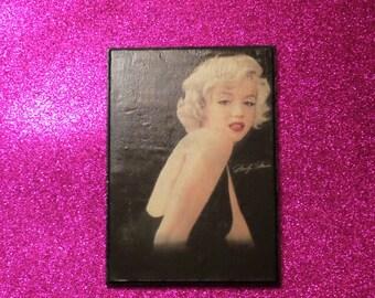 Marilyn Monroe Decopauge Wood Plaque
