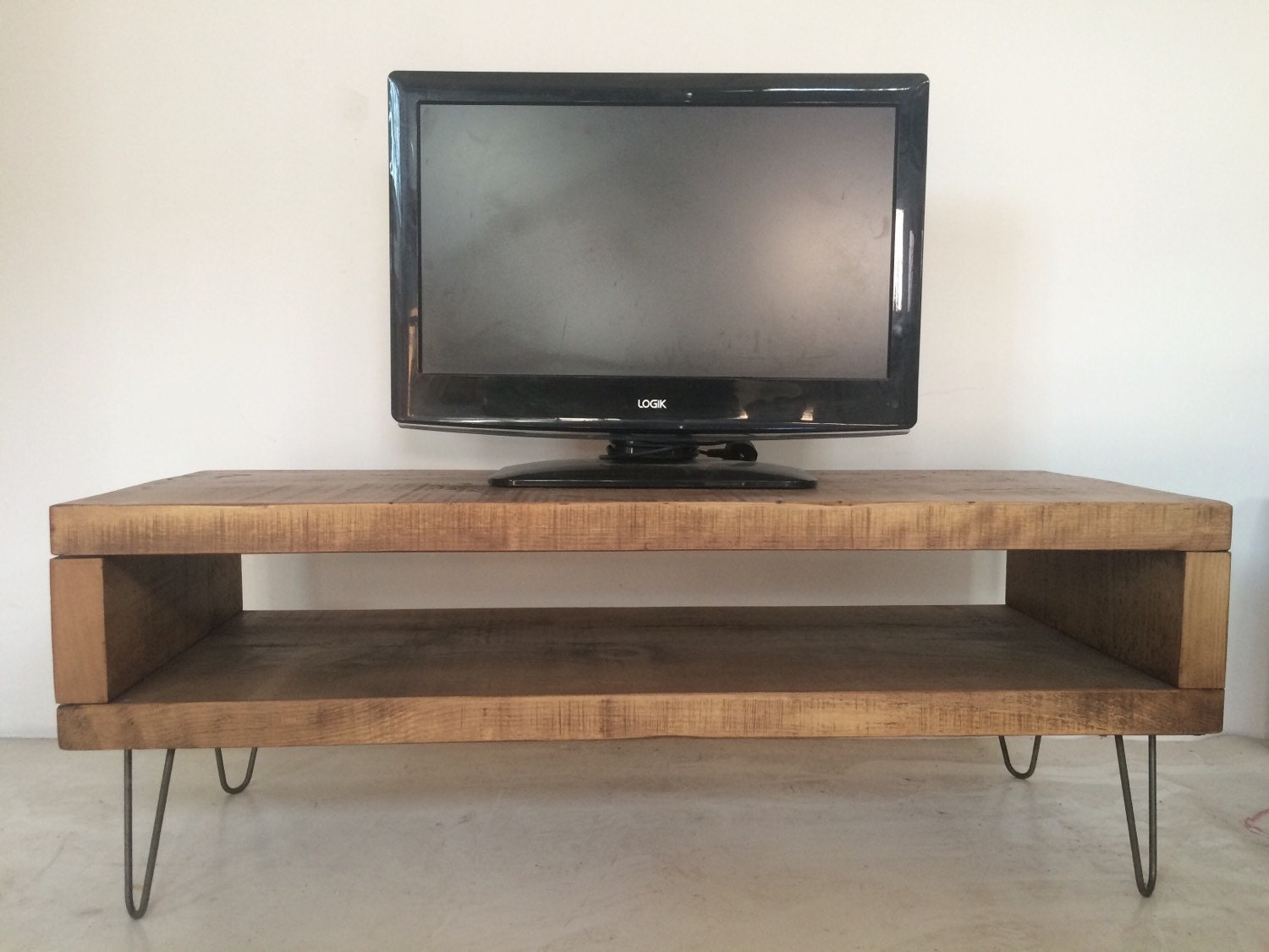 rustic industrial plank tv unit stand with metal hairpin legs. Black Bedroom Furniture Sets. Home Design Ideas