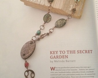 Key To The Secret Garden Necklace By #melindabarnett #queenebead