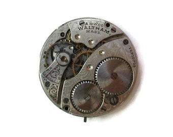 Pocket Watch Movement, Waltham Watch movement c. 1908 with dial and hands, (#Walt08)