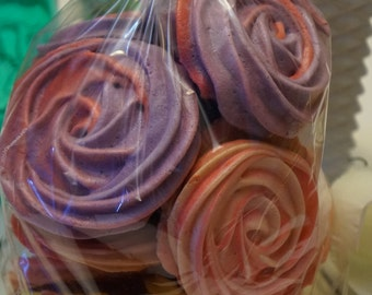 4 oz. Bag of Meringue Roses! SO BEAUTIFUL :)