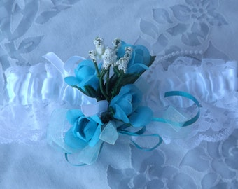 5 pieces Set for wedding white with little turquoise roses