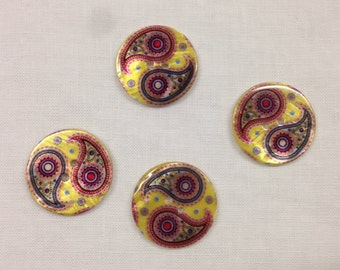 Round shaped mother of Pearl button with paisley designs