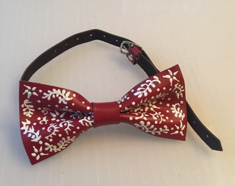 Leather bow tie with painting