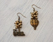 Air Balloon and Train Earrings  AR004/AR054