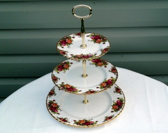 Royal Albert Old Country Roses 3-Tier Cakestand