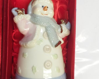Sweet and Cute Madison & Max At Home Christmas Snowman w/ Stars Earthenware Bell