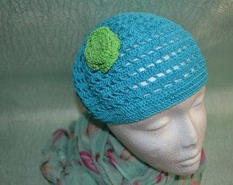 Woman summer beret with flower, cheap. Fast shipping, crochet